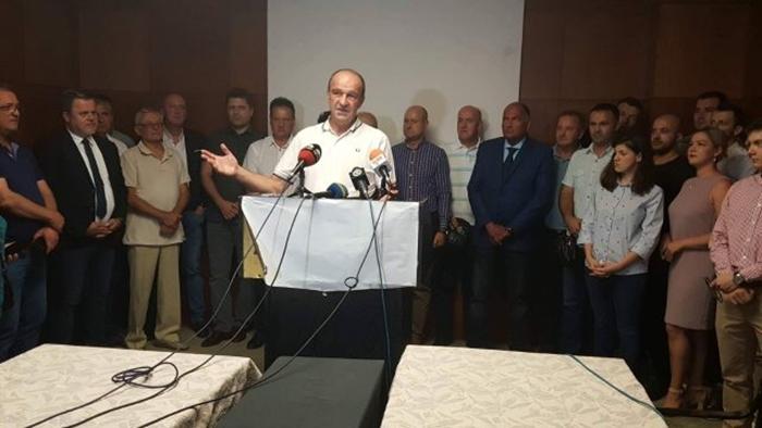 Bijedić: Dajemo podršku Vujoviću i Tokiću, postoji mogućnost formiranja nove stranke