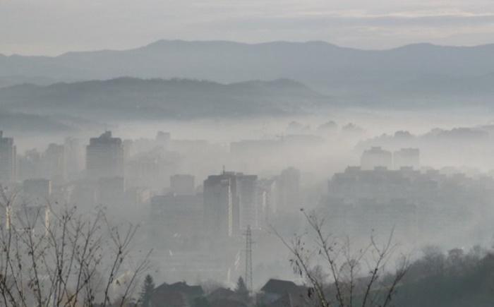 Zrak u Tuzli u večernjim satima okarakterisan kao opasan po zdravlje